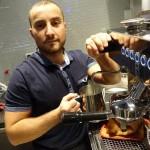 Här kan du få en kopp starkt turkiskt kaffe