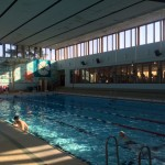 Höjd åldersgräns i simhallen
