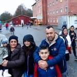Frivilliga tar över hanteringen av skänkta kläder till flyktingar