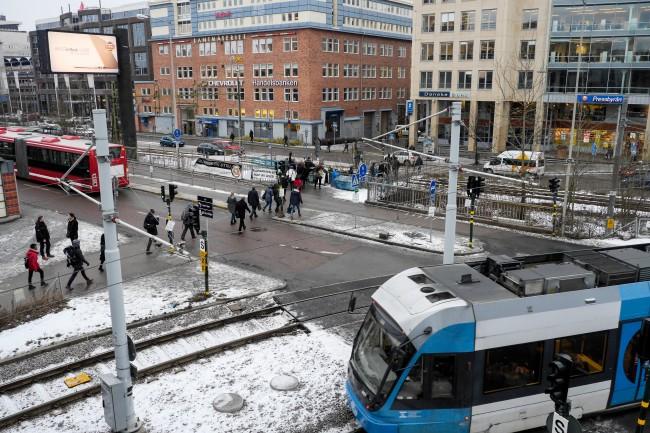 Liljeholmen. Gången till Marievik. En komplex och svår gåta inom stadsplanering. Foto: Alex Farnsworth