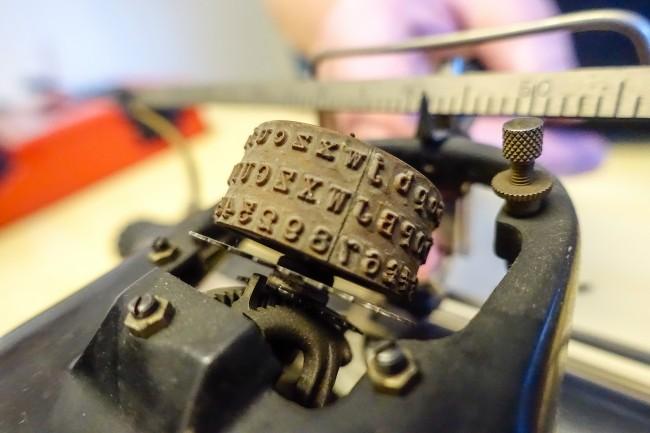 Typewriter -4
