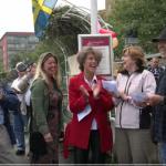 FILM: Båtpremiären möttes av sång och musik