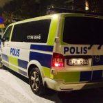 Två män greps efter inbrott i villa