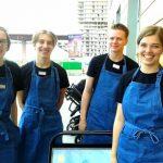 Hundratals ungdomar skaffar sommarjobb i stadsdelen