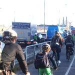 Cykelbanor på Liljeholmsbron enkelriktas