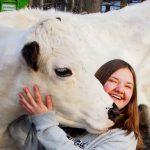 Ebba fixar insamlingsdag för Barncancerfonden på 4H-gården