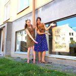 De öppnar ny klädbutik och ateljé i Midsommarkransen