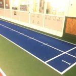MIK Tennis bygger löparbana i tennishallen