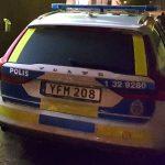 20-årig ihjälskjuten på Älvsjö station – många vittnen