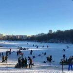 Full rulle på Trekanten – isbanan ännu inte öppen
