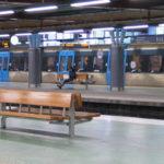 Fler t-banetåg stoppades i Liljeholmen efter larm om vapen