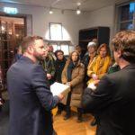 1700 namnunderskrifter överlämnades – för biblioteket i Gröndal