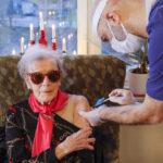 Vaccineringen mot covid-19 igång på äldreboendena i Hägersten-Älvsjö