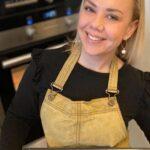 Caféägare sadlar om – startar lokalt kakföretag mitt i coronakrisen