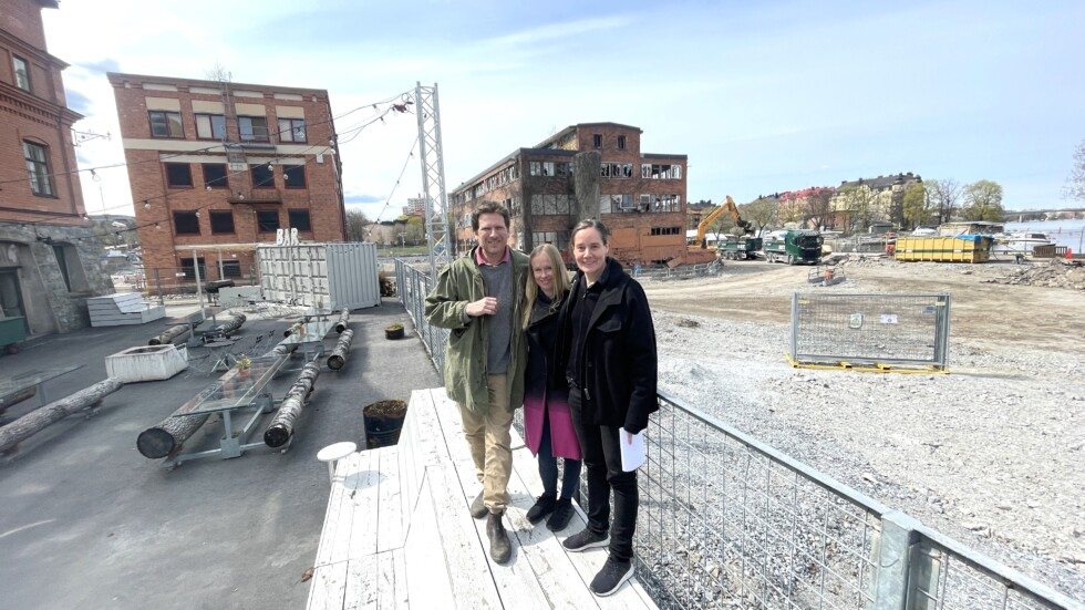 Grupp med arkitekter och bebyggelseantikvarie