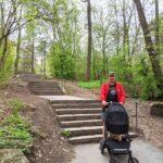 Förslag: Det behövs en ramp för barnvagnar vid trapporna vid Hägerstensvägen
