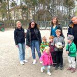 Bostadsbygge i lekpark i Mälarhöjden sågas av föräldrar och pedagoger