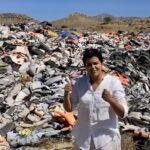 Video: Parul Sharma på Lesbos: Snart täcker man över denna minneslund
