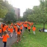 Hundratals unga och vuxna i Hägersten firade första dagen utan coronarestriktioner